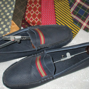 BROOKS BROTHERS PEBBLE LEATHER DRIVING LOAFER NAVY